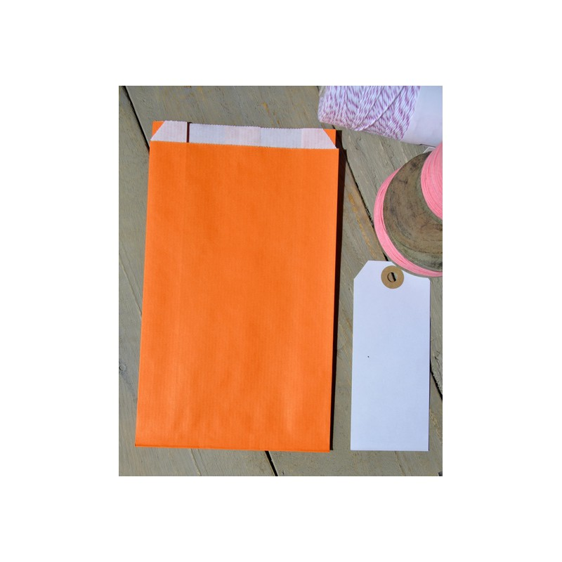 emballages cadeaux pochettes papier orange vif. Black Bedroom Furniture Sets. Home Design Ideas